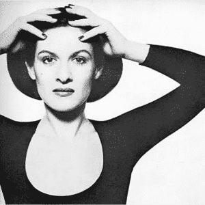 Paloma Picasso, czarno-białe zdjęcie.