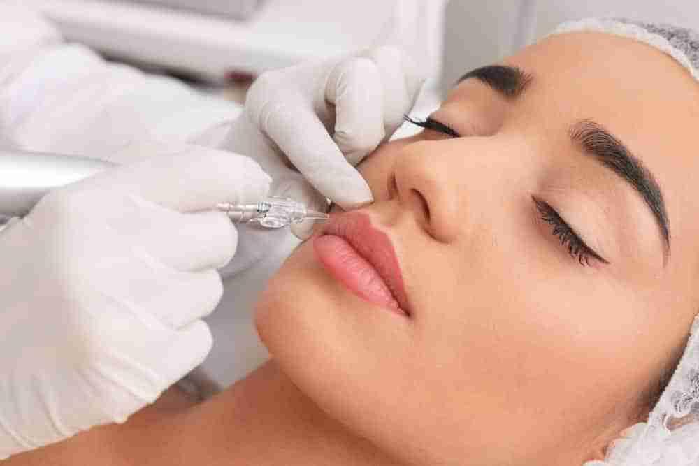 Makijaż permanentny ust - czy warto?